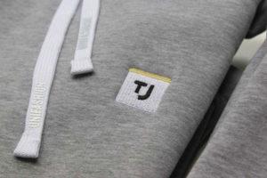Вышивка на одежде под заказ